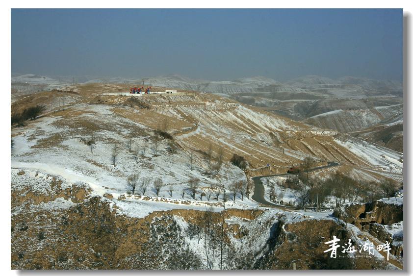 发表  3月13号,期盼已久的一场大雪,降落在陕北靖边山区,把大地瞬间