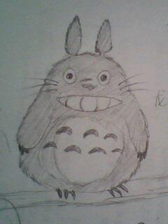 铅笔画得,龙猫哦,是我很喜欢的一部宫崎骏的动画大作里的