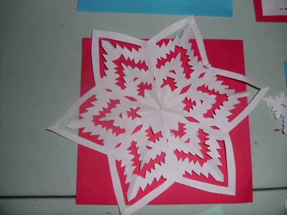 劳动课剪纸--六边形团花剪纸