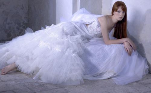 2008春夏婚纱双鱼座新娘-美美的婚纱喔 .