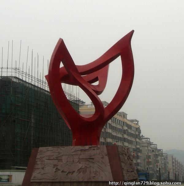 红色革命雕塑素材