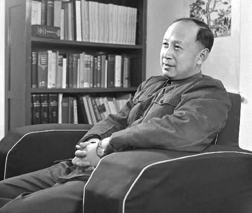 享年98岁,钱学森,1911年12月11日生,浙江杭州人,1959年8月加入中国