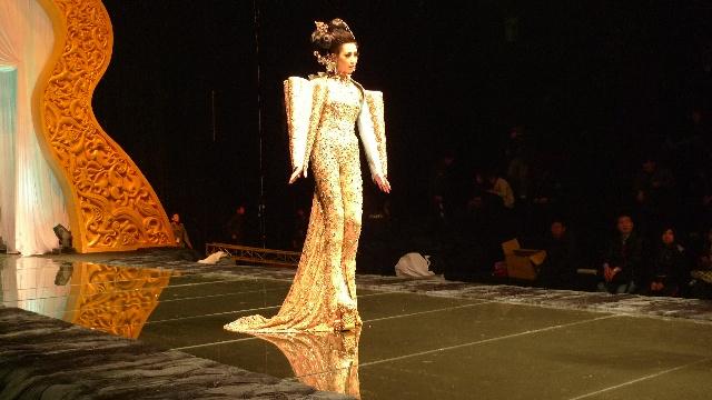 中国顶级时装设计师郭培