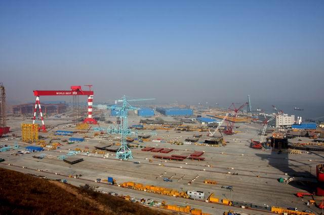 由于金融危机,我们在大连长兴岛为韩国人建造的stx船厂工程部份停工