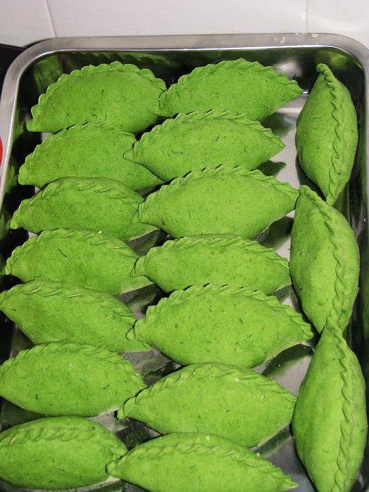 梧桐树叶包的饺子