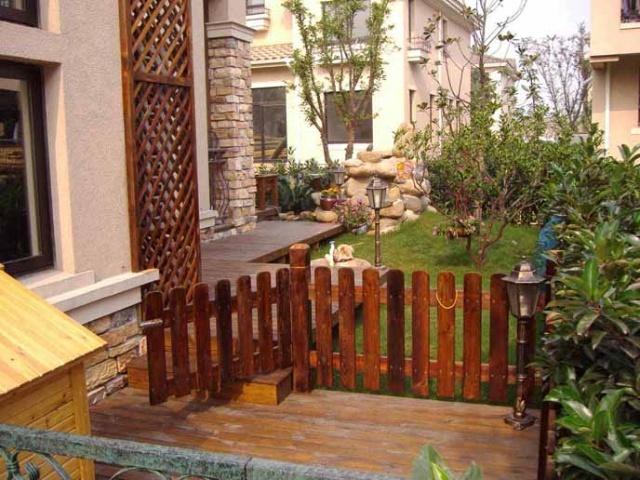 庭院设计|青岛屋顶花园设计|青岛木栅栏|青岛碳化木|青岛庭院户外家具