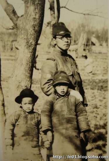 官纯博客_二战日本军人与中国百姓亲善老照片-福宁客-搜狐博客