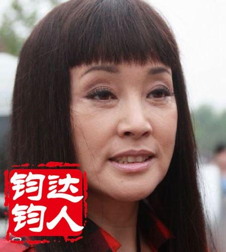 刘晓庆历年雷人皱纹素颜丑照大盘点(组图)