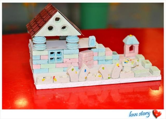 手工制作房子图解_折纸三角插小房子制作教程,幼儿折纸——小房子