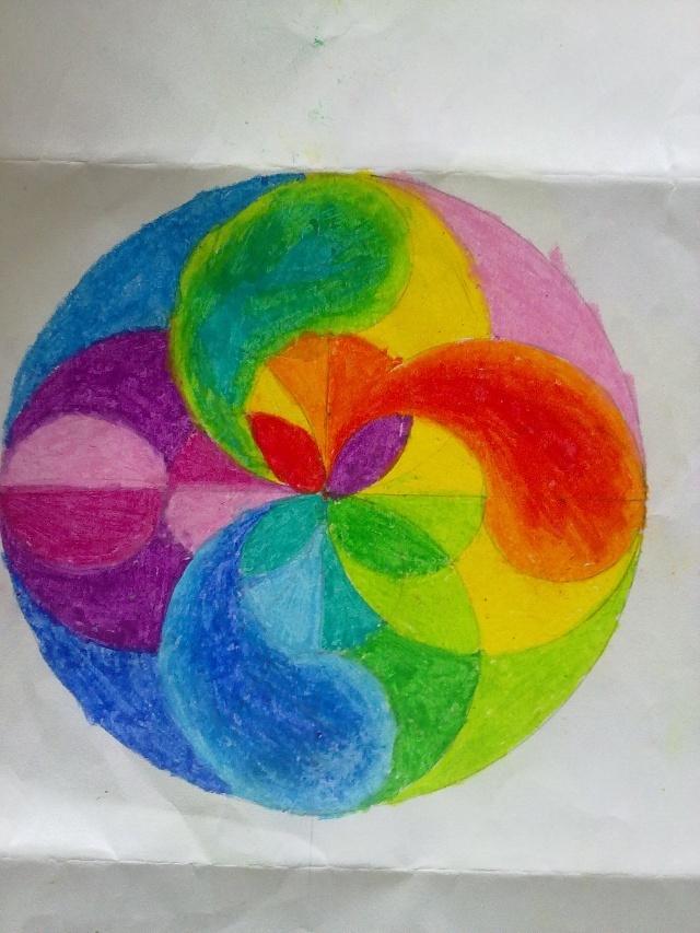 五(2)班学生用圆规画出来的美丽的图案